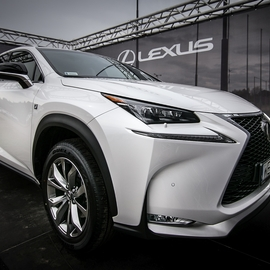 Display_thumb_img_5123_lexus_j_pindych_1600_pix